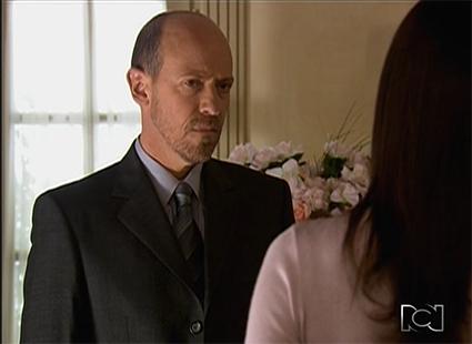 Diego Trujillo es Armando Koppel en Amas de Casa Desesperada.